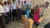 বোয়ালমারী গ্রামীণ ব্যাংকের খাদ্য সামগ্রী বিতরণ