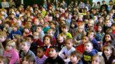 লন্ডনের প্রাথমিক বিদ্যালয়গুলো এখনই খোলা হচ্ছে না