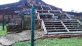 বদলগাছী পাহাড়পুর বৌদ্ধ বিহার দেখতে এসে বিরম্বনায় দর্শনার্থীরা