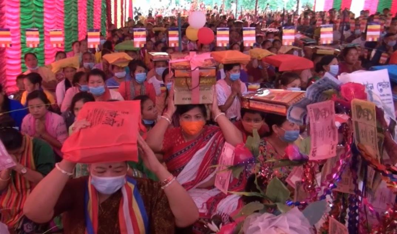 খাগড়াছড়ির গুইমারায় বৌদ্ধ ধর্মালম্বীদের দানোত্তম শুভ কঠিন চীবর দানোৎসব পালন