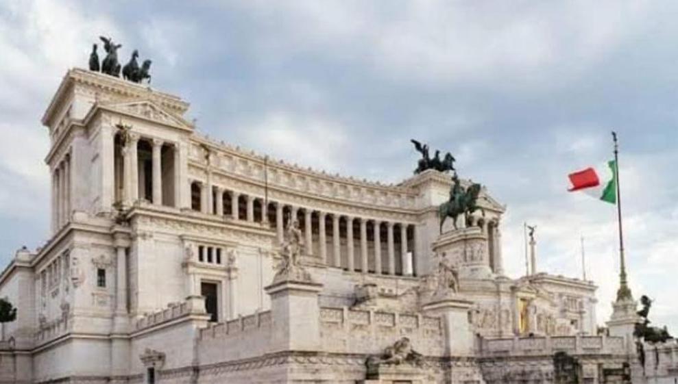 রাজনৈতিক সঙ্কটে ইতালি সরকার : আস্থাভোট