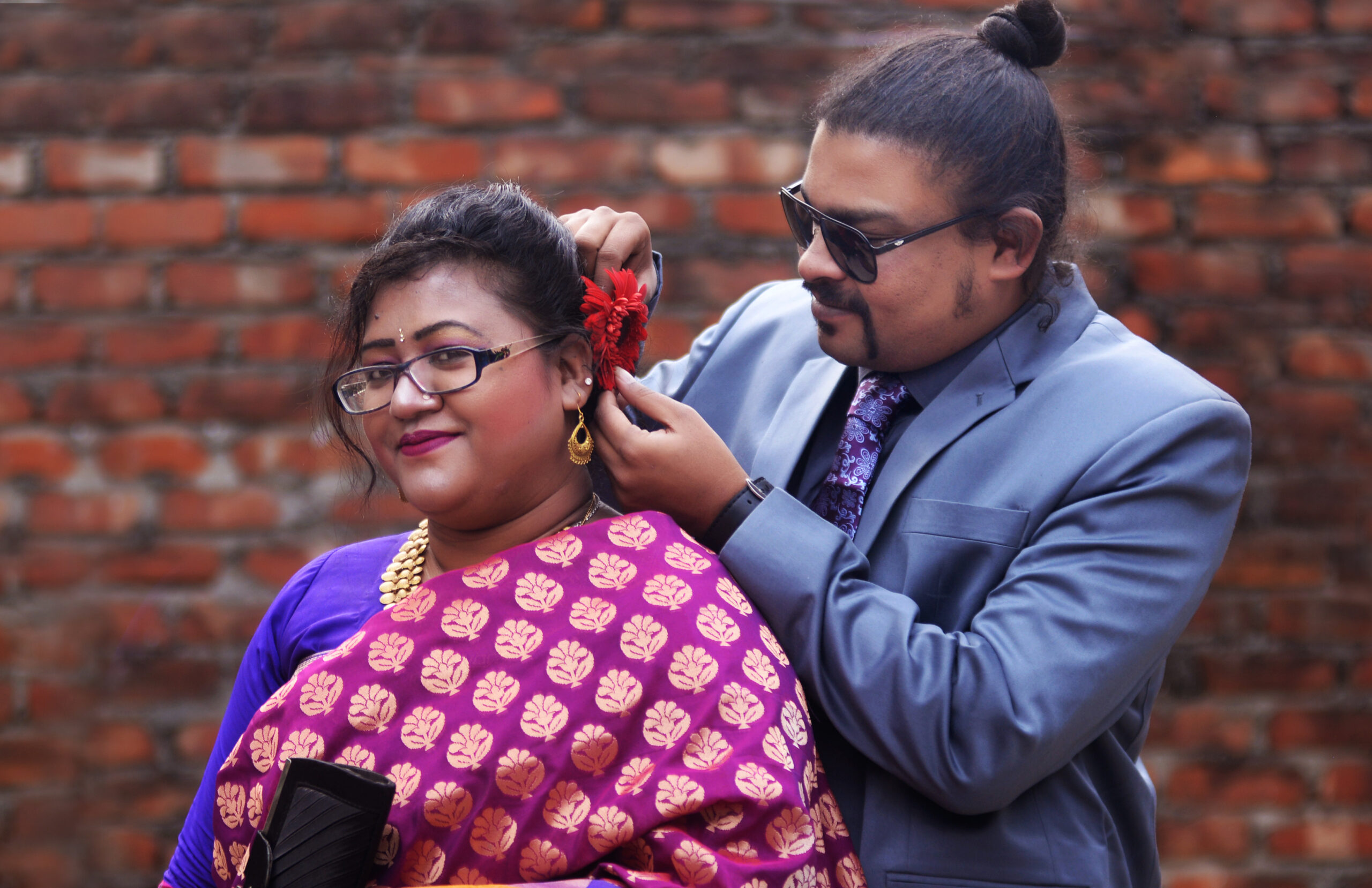 পয়লা ফাল্গুন ও ভ্যালেন্টাইন ডেঃ-  হৃদি ভেসে যাক আজ ভালবাসা জলে
