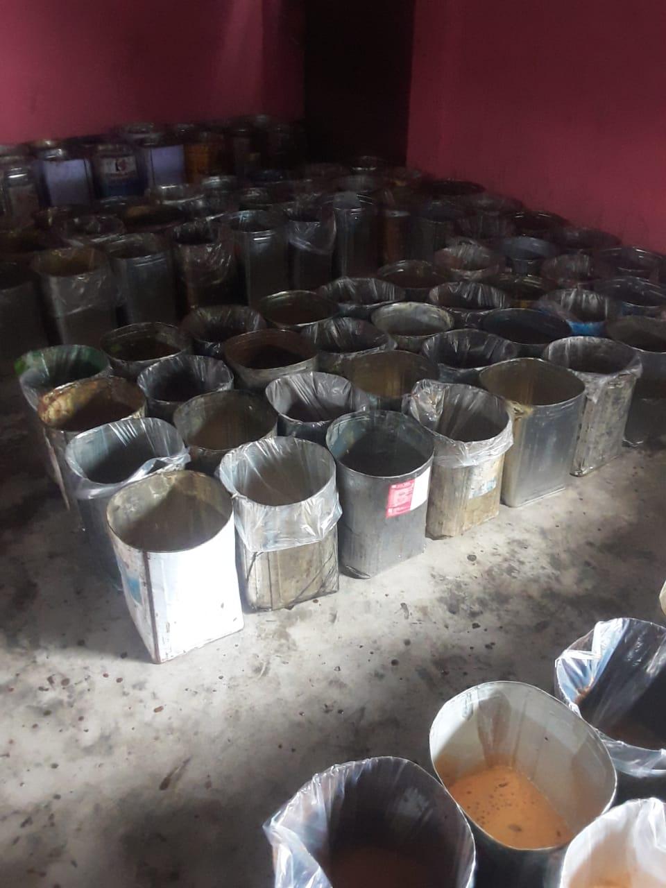 লালপুরে ভেজাল গুড় কারখানা মালিকের জেল জরিমানা