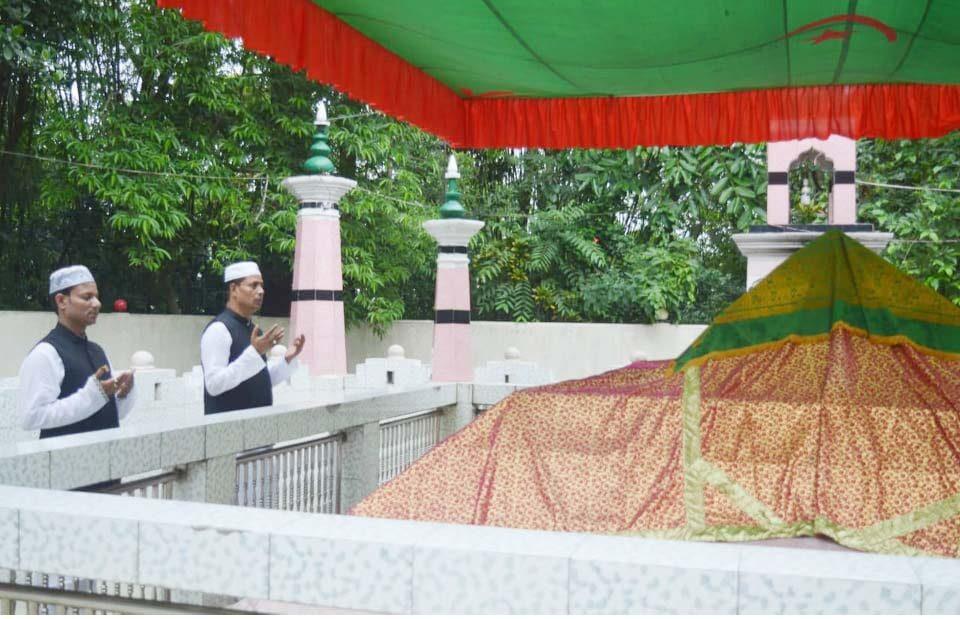 ফেঞ্চুগঞ্জে এড. বদরুল ইসলাম জাহাঙ্গীরের আ'লীগ নেতৃবৃন্দের সাথে কুশল বিনিময়