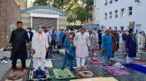 জার্মানিতে মসজিদে ও খোলা মাঠে ঈদুল আজহার জামাত আদায়