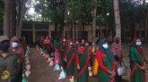 রাজৈরে আনসার ও গ্রাম প্রতিরক্ষা বাহিনীর সদস্যদের মাঝে খাদ্য সামগ্রী বিতরণ