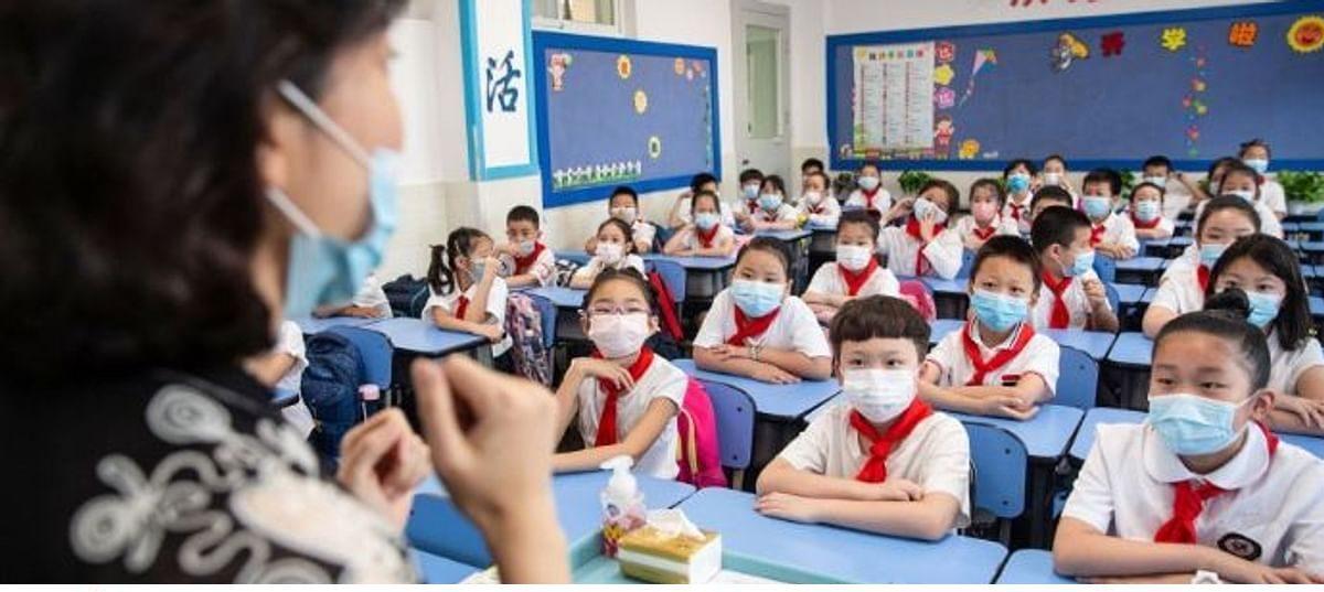 চীনে প্রাথমিক বিদ্যালয় খোলার পরই বাড়ছে করোনা সংক্রমণ